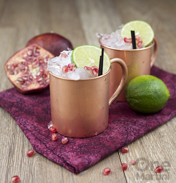 Bring on the fa, la, la and deck the halls! Nothing says Christmas cheer like festive holiday cocktails recipes.
