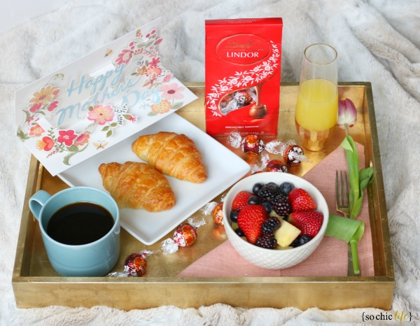 Mother's Day Gift Ideas Breakfast in Bed