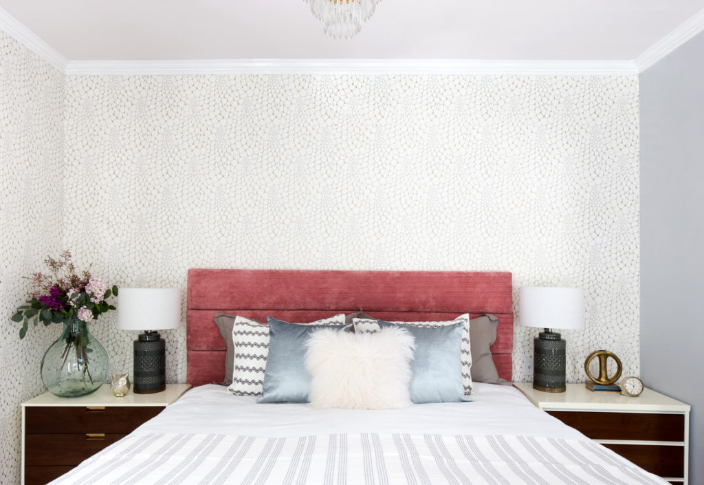 Looking for Wallpaper Inspiration? So many beautiful choices but I'm loving Relativity Textiles Wallpaper.